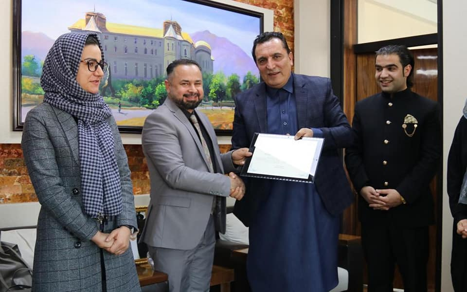 Gul Badshah Majidi, State Minister for Parliamentary Affairs meets Afghan Robotic Group